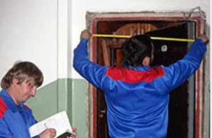 Снятие размеров для установки двери
