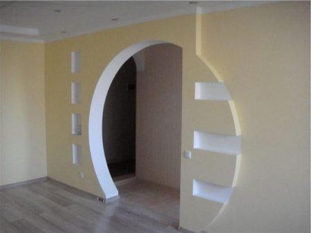 Красивая отделка арки из гипсокартона
