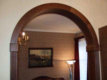 Классическая деревянная арка
