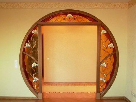 Интересный вариант межкомнатной арки