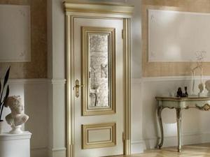 Декорирование двери молдингом