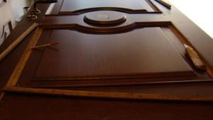 Ремонт двери из дерева