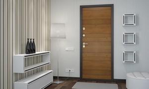 Пример отделки входной двери дома