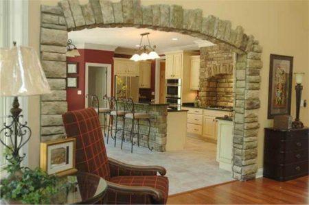 Пример отделки арки камнем