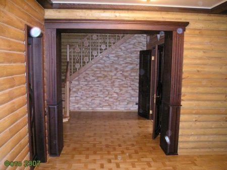 П-образная арка из дерева