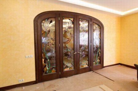 Арочные двери в интерьер дома